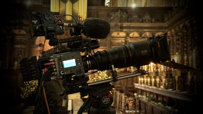 Sony Venice og Fujinon MK Premiere zooms lavede dronningen i England