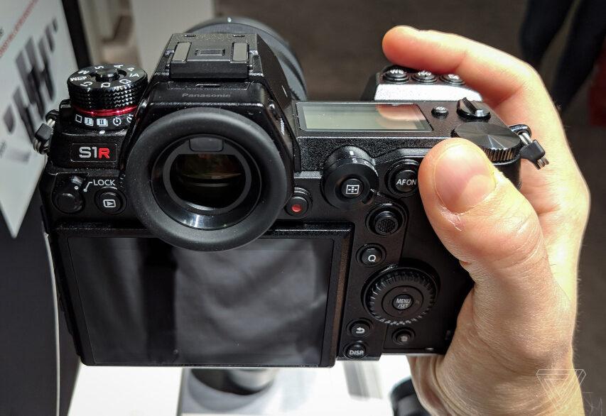 Lumix S1R og Lumix S1 er til still fotografer og full frame video kollegaerne